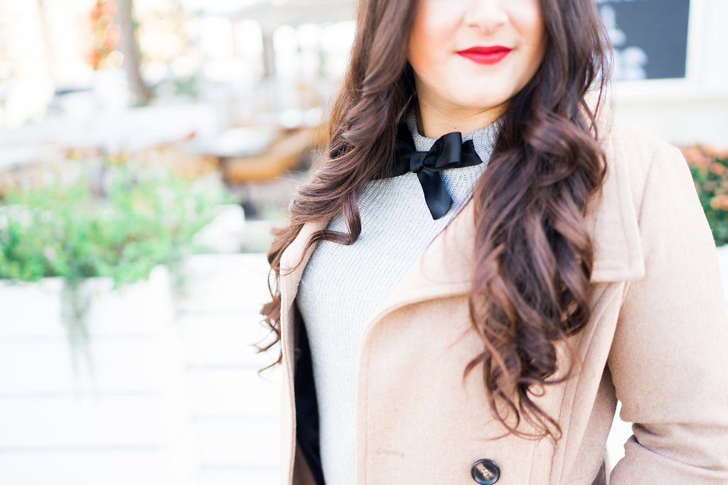 Red Lips Bow Sweater