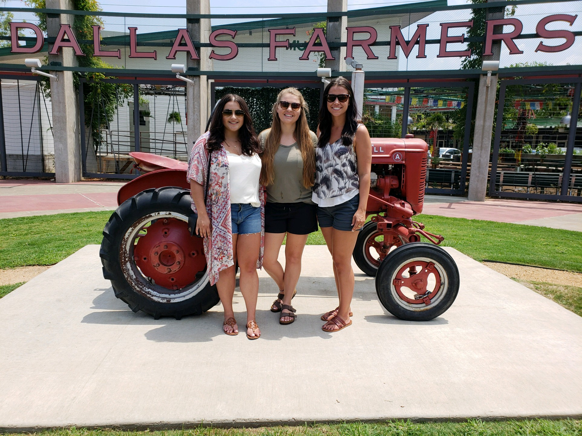 The Best Things To Do In Dallas You'll Want to Do featured by popular San Diego travel blogger, The Brunette & The Beach: Dallas Farmer's Market