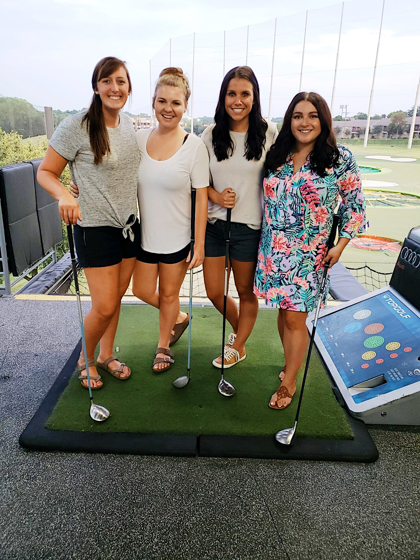 The Best Things To Do In Dallas You'll Want to Do featured by popular San Diego travel blogger, The Brunette & The Beach: Dallas' Top Golf