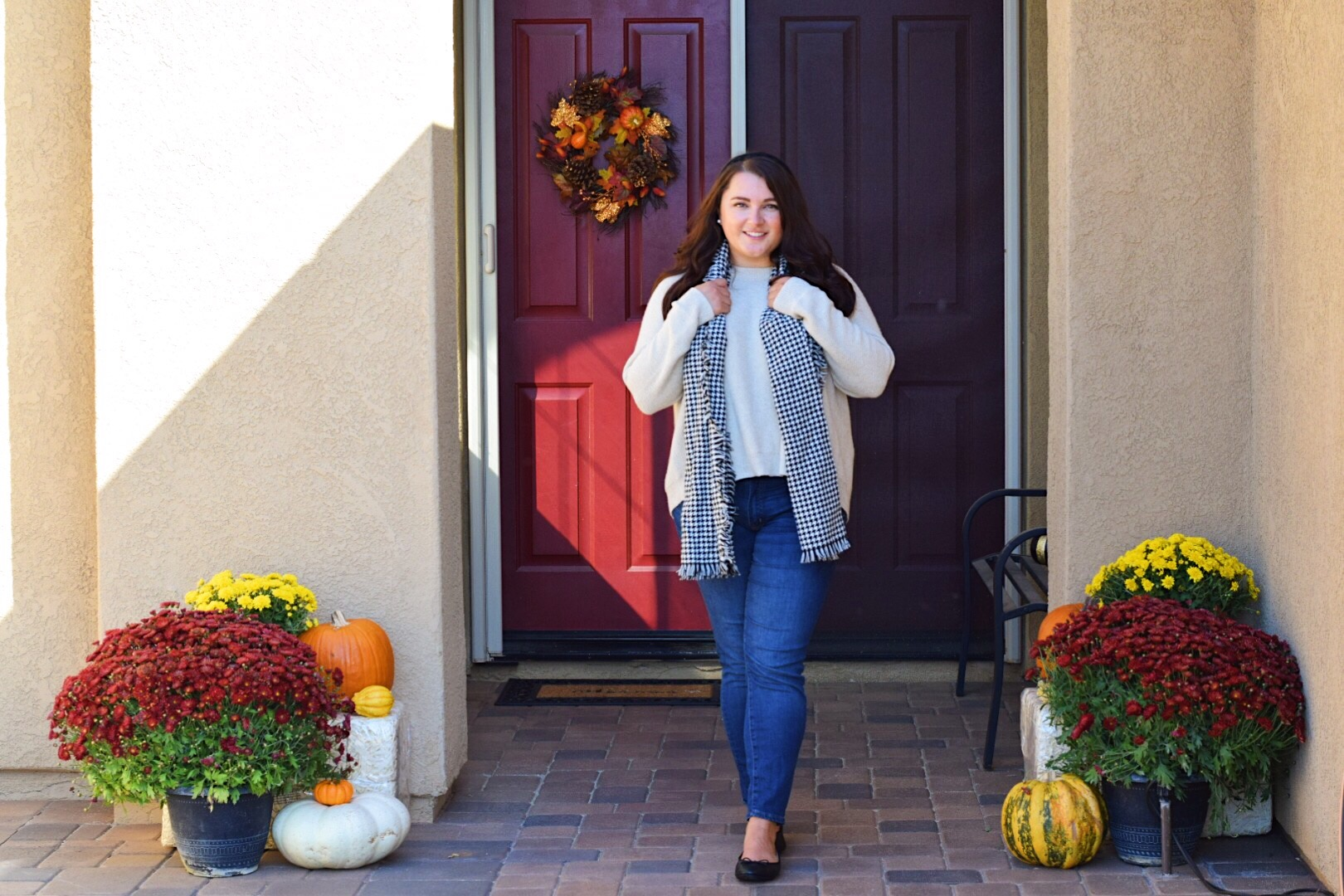 Fall outfits featured by popular San Diego fashion blogger, The Brunette & the Beach: Madewell fall sweater