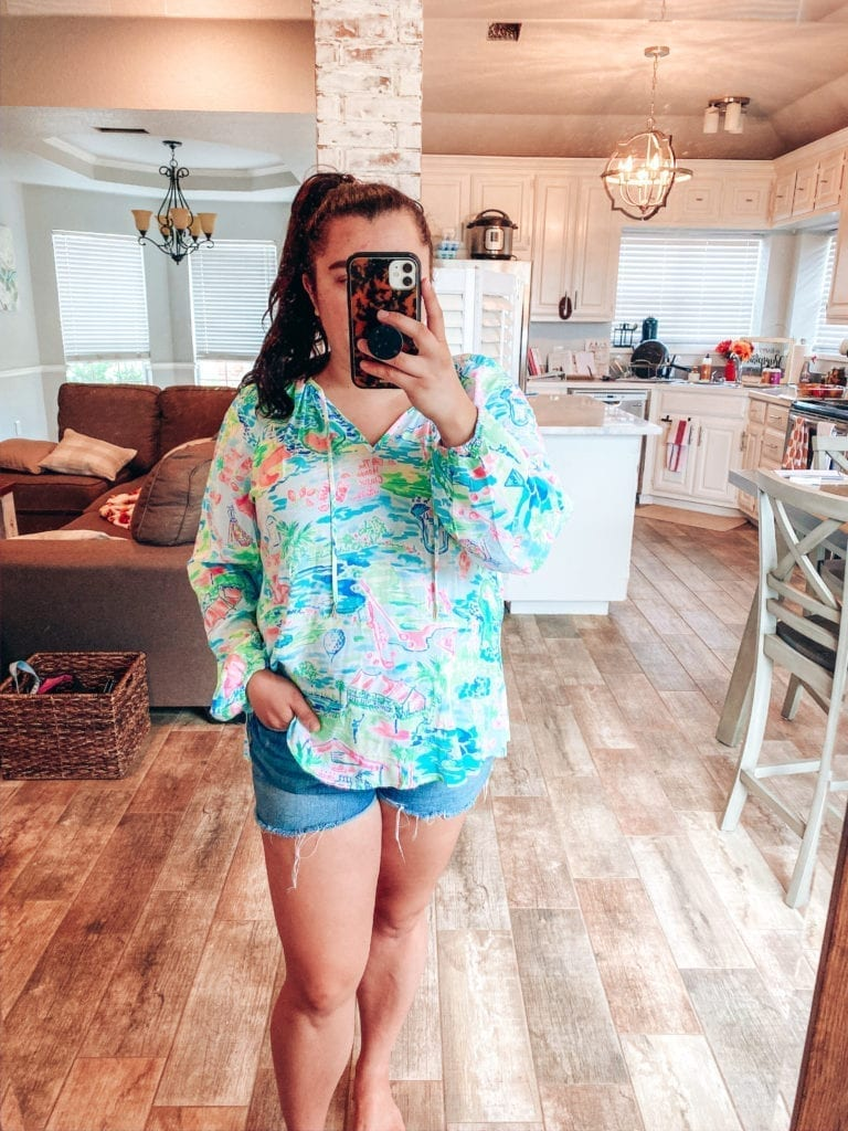 Lilly Pulitzer After Party Sale Haul | Lilly Pulitzer After Party Sale Haul by popular Southern California blog, The Brunette and the Beach: image of a woman wearing Lilly Pulitzer Willa Tunic.