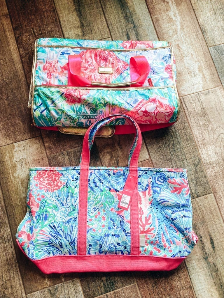 Lilly Pulitzer After Party Sale Haul   Lilly Pulitzer After Party Sale Haul by popular Southern California blog, The Brunette and the Beach: image of a Lilly Pulitzer Bohemian Queen Weekender and Mercato Tote.